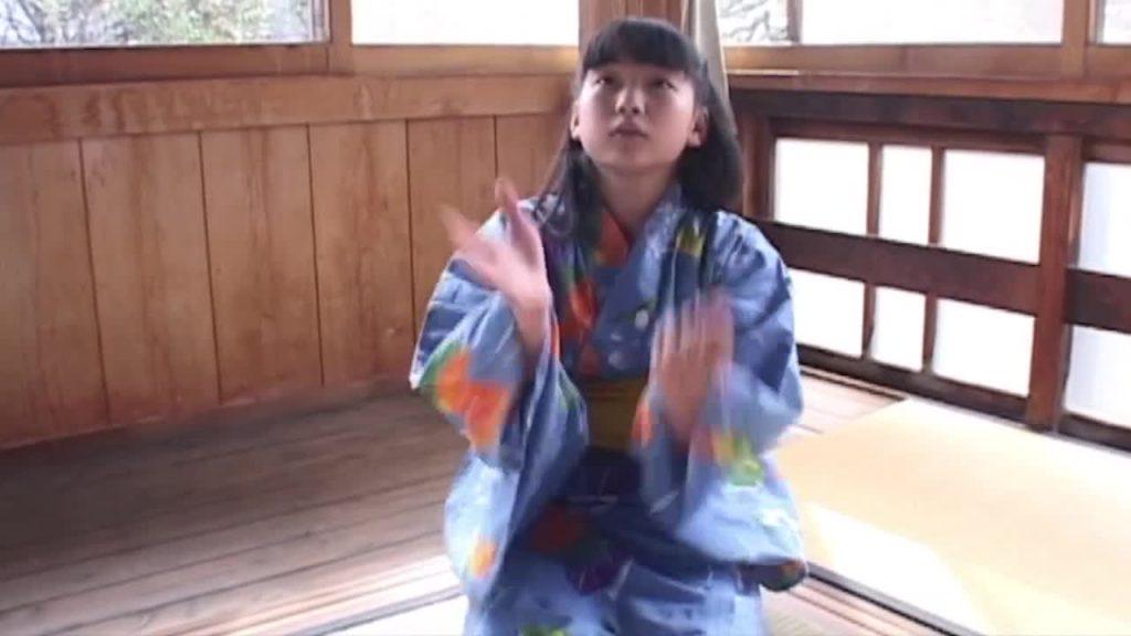 ジュニアアイドル体操着 大西優樹菜  /  明日、君と見たい世界 無料着エロ動画