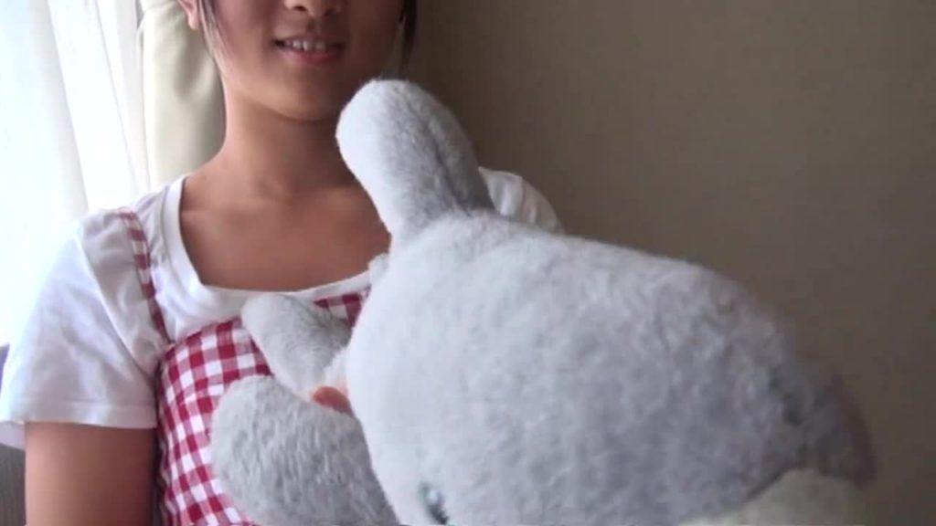 黒髪ロングの清楚系ジュニアアイドル ぷりぷりたまごvol.89みすずちゃん 無料サンプル動画