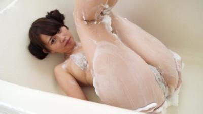 ビキニでポロリ!? 瞳に恋して/嶋村瞳 ジュニアアイドル無料着エロ動画