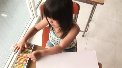 ビキニでポロリ!? おもちゃばこ さやか ジュニアアイドル無料着エロ動画
