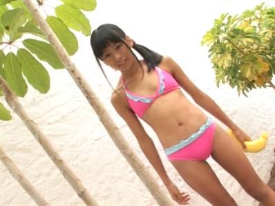 ビキニでポロリ!? 宮沢春香 僕は春香に恋をする ジュニアアイドル無料着エロ動画