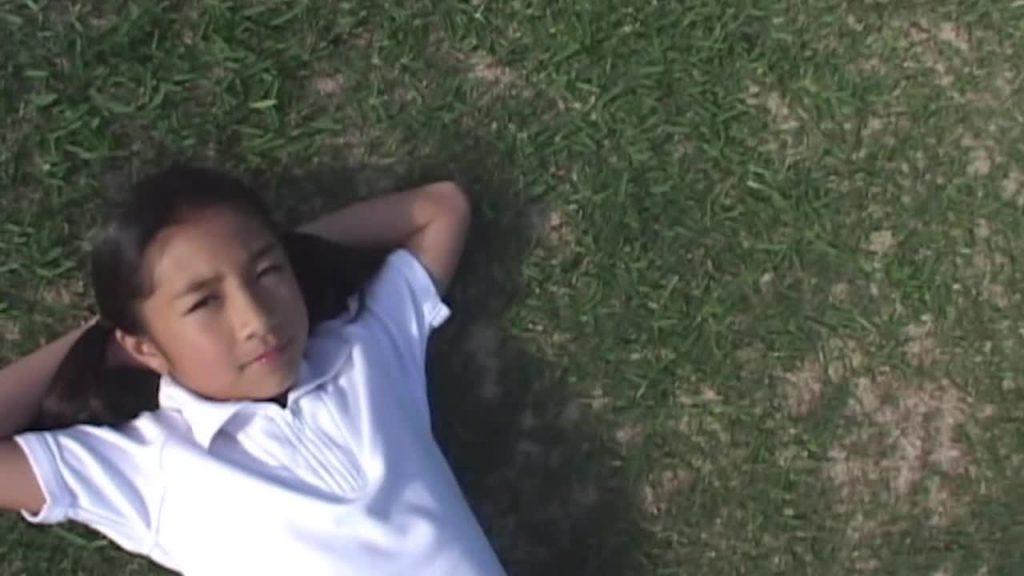 私服ショットあり!中村美玖/キミのために薔薇の花束を ジュニアアイドル無料動画