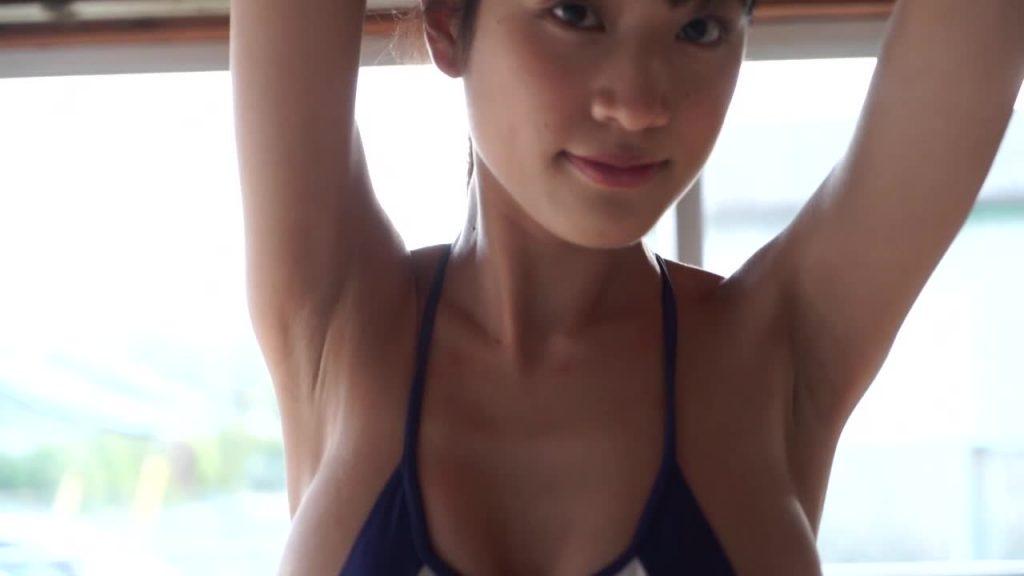 ビキニでポロリ!? MAN-KAI / 岡本杷奈 ジュニアアイドル無料着エロ動画