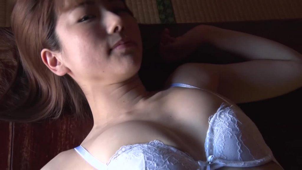 ビキニでポロリ!? みすど mis*dol 萌の再発見/若木萌 ジュニアアイドル無料着エロ動画