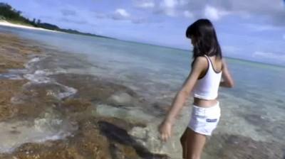 ビキニでポロリ!? はじめまして 瀬戸あいりです♪ ジュニアアイドル無料着エロ動画