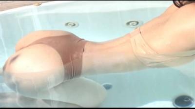 ジュニアアイドルコスプレ動画 神崎瑠奈 全部かわいい水着 セクシー水着 〜全部ランジェリー風水着〜 無料サンプルあり