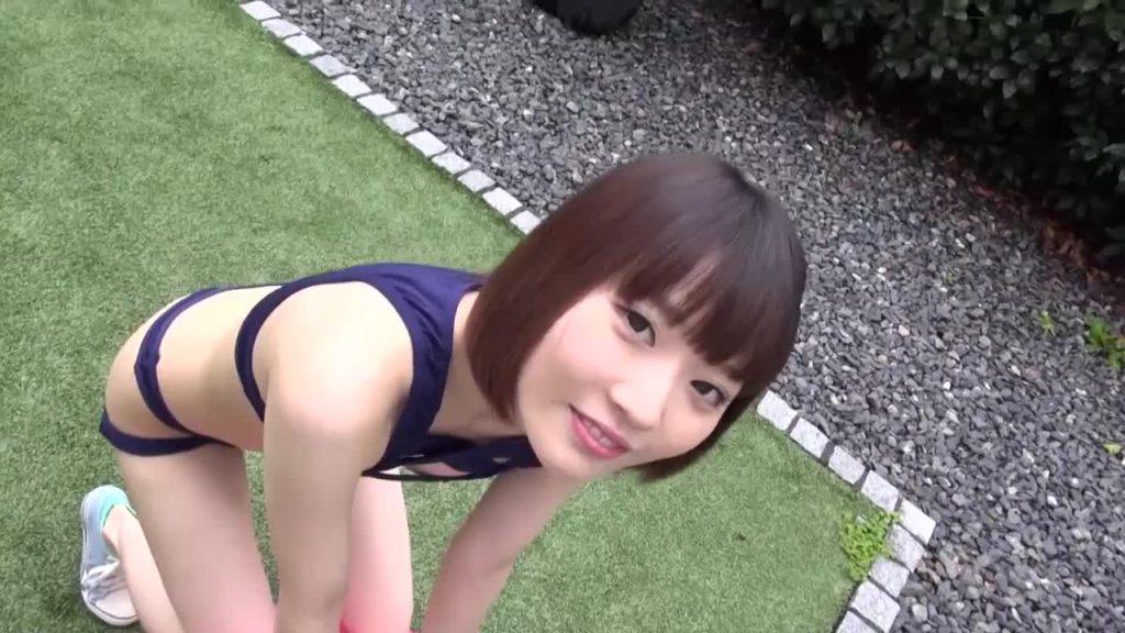 ビキニでポロリ!? 小梅ありさ「なまらめんこい!」 ジュニアアイドル無料着エロ動画